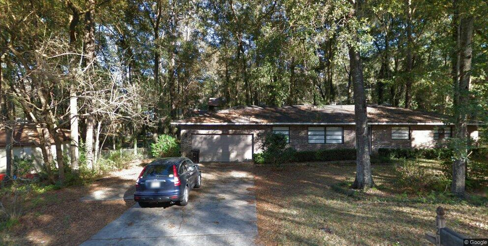 121 NW 28th Ter, Gainesville, FL 32607