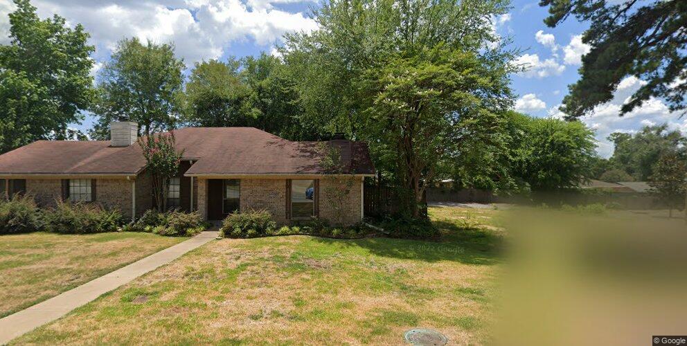 1242 Eden Dr, Longview, TX 75605