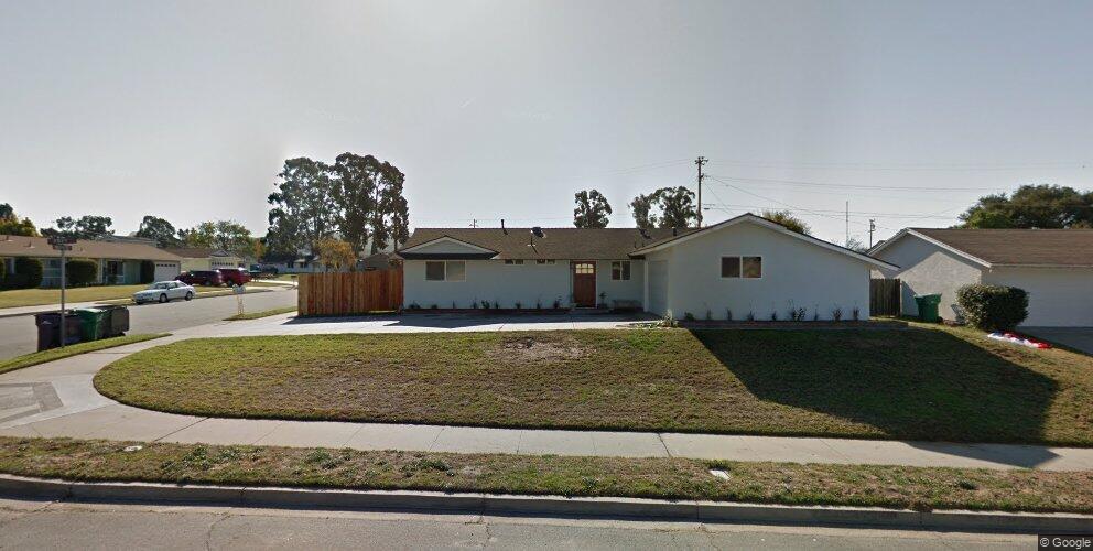 1298 Roxy Ave, Santa Maria, CA 93455