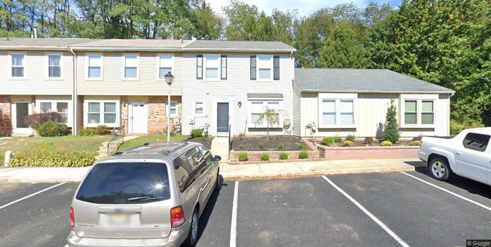 1302 Roberts Ln, Marlton, NJ 08053