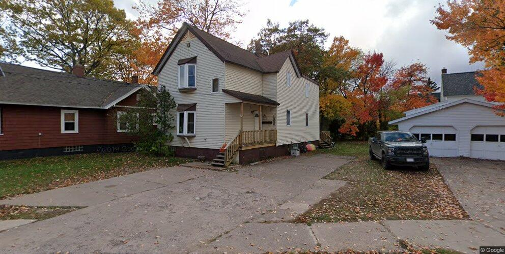 1305 Russell St #1, Marquette, MI 49855