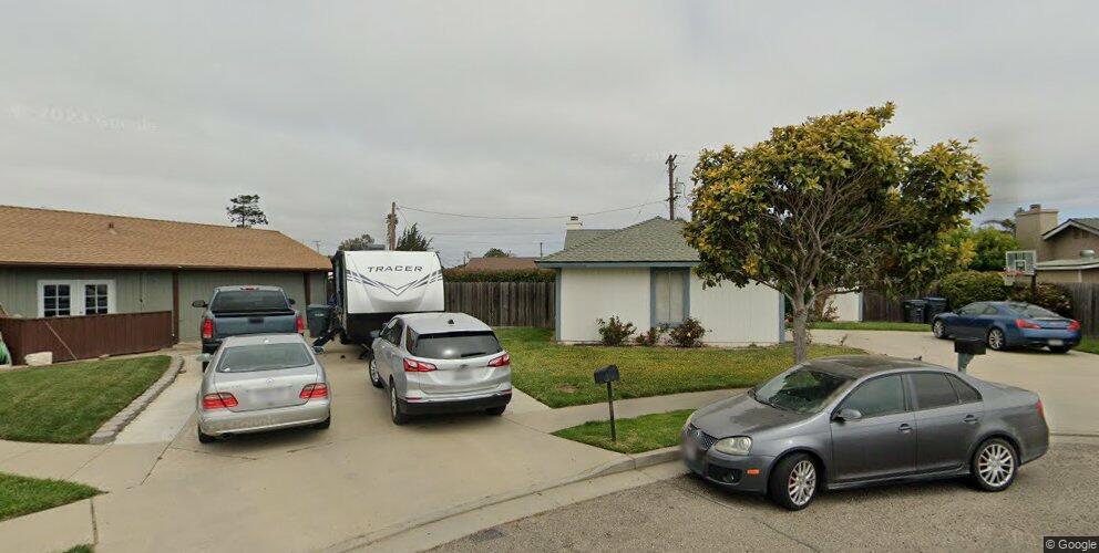 1325 W Airport Ave, Lompoc, CA 93436