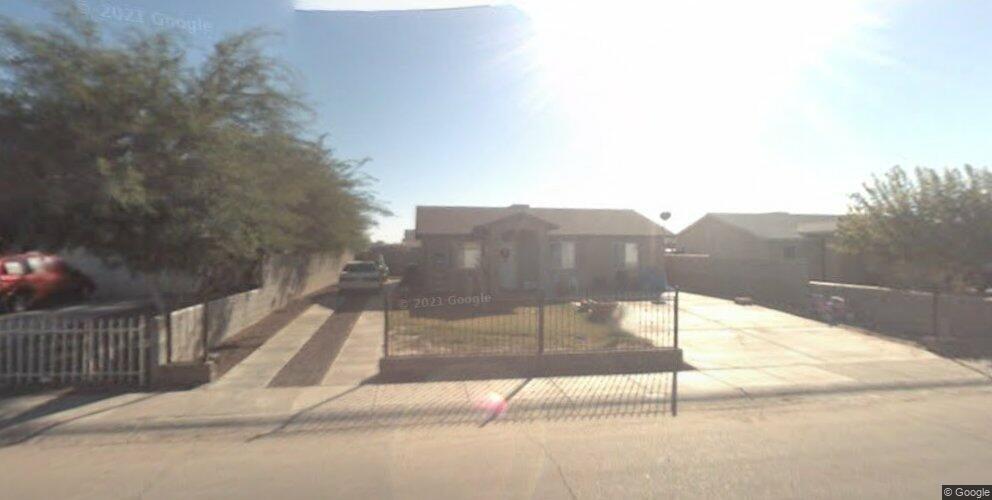 133 E Los Cerros St, San Luis, AZ 85336