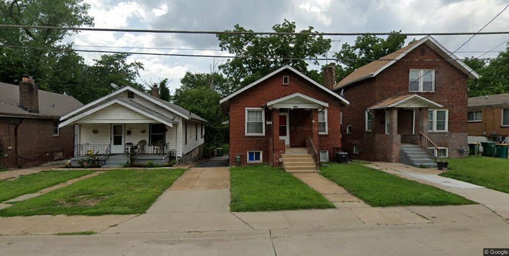 1337 Kingsland Ave, Saint Louis, MO 63133