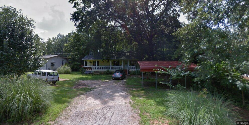 134 4th Ave, Griffin, GA 30223