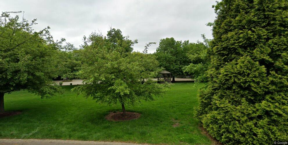 1360 Stardust Ave NW, Canton, OH 44708