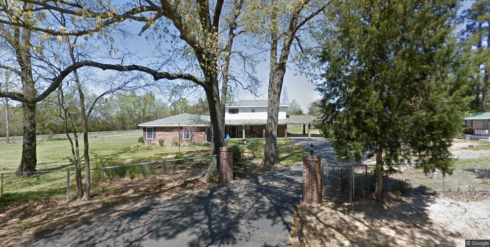 137 Foster Dr, Marshall, TX 75672