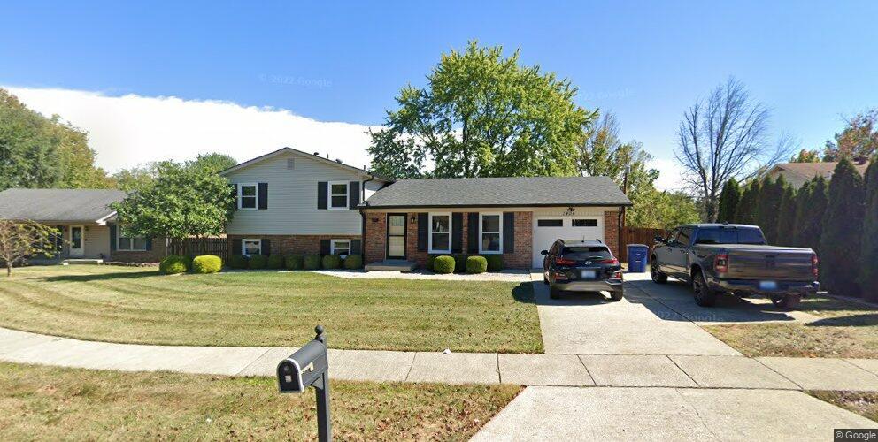 1404 Rocky Mountain Cir, Lexington, KY 40517