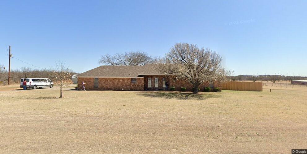 1509 Quail Valley Rd, Iowa Park, TX 76367