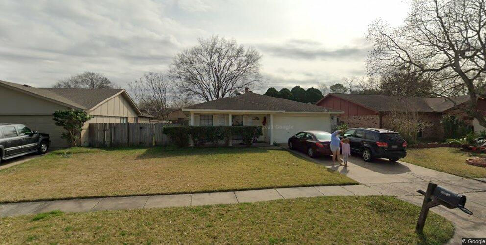 15411 Empanada Dr, Houston, TX 77083