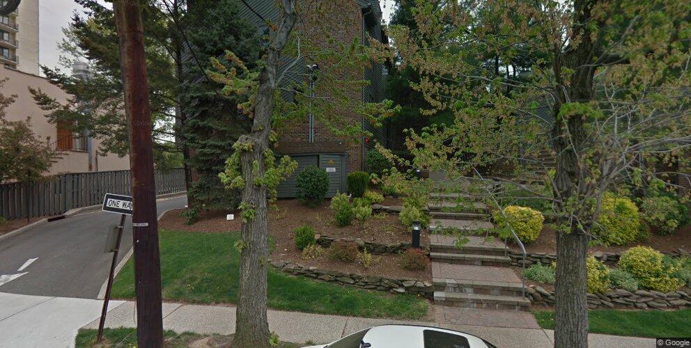 1570 E Anderson Ave #E, Fort Lee, NJ 07024