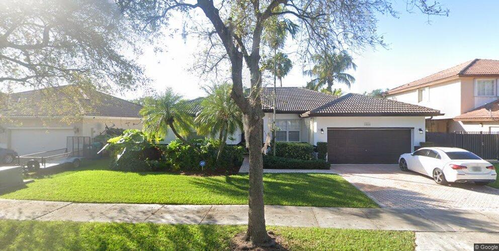 15864 SW 149th Ln, Miami, FL 33196