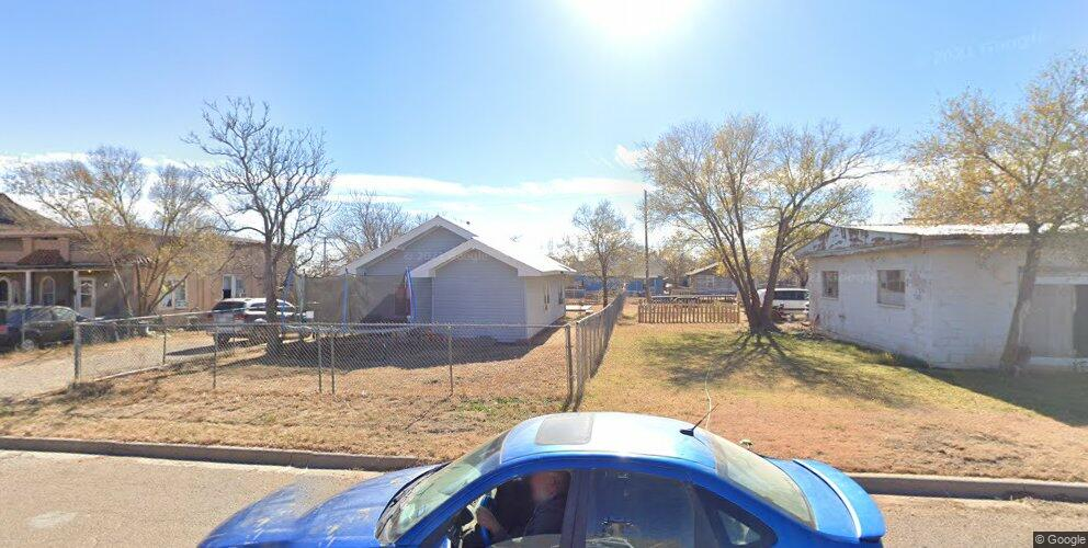 1605 W 23rd St, Plainview, TX 79072
