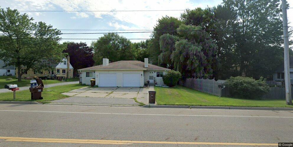 1618 Elmwood Rd, Lansing, MI 48917