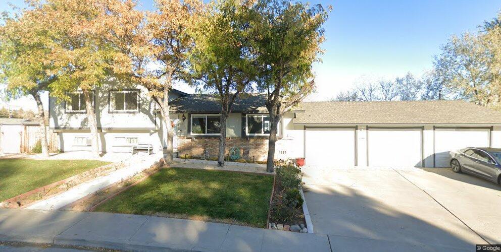 1690 Rayburn Dr, Reno, NV 89503