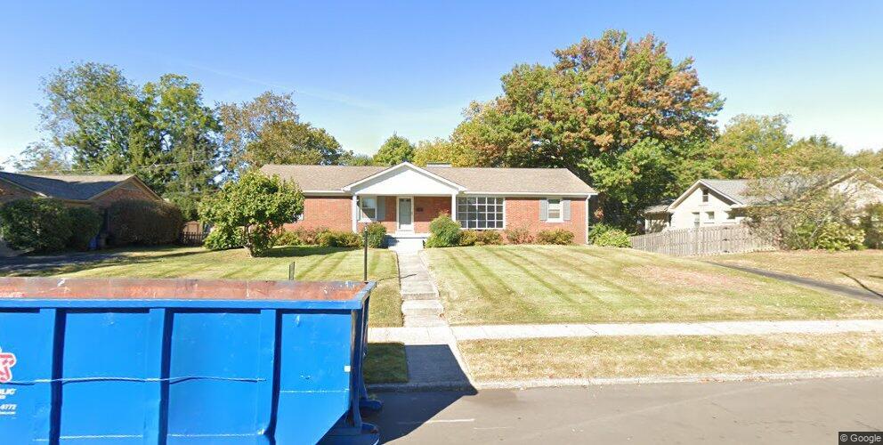 1851 Bellefonte Dr, Lexington, KY 40503