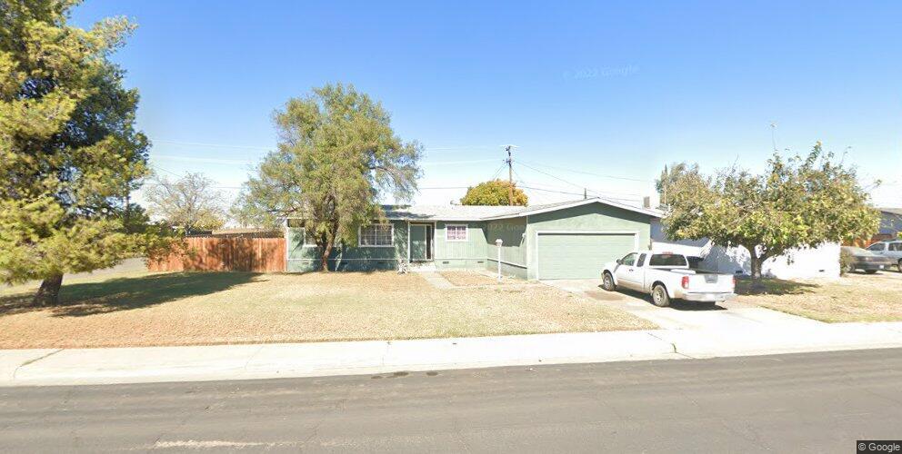 19650 Park Ln, Lemoore, CA 93245