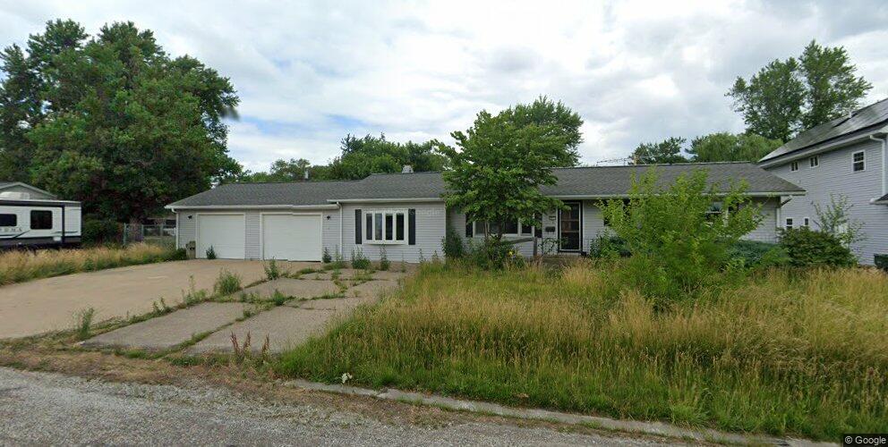 1971 Church St, Hamilton, IL 62341