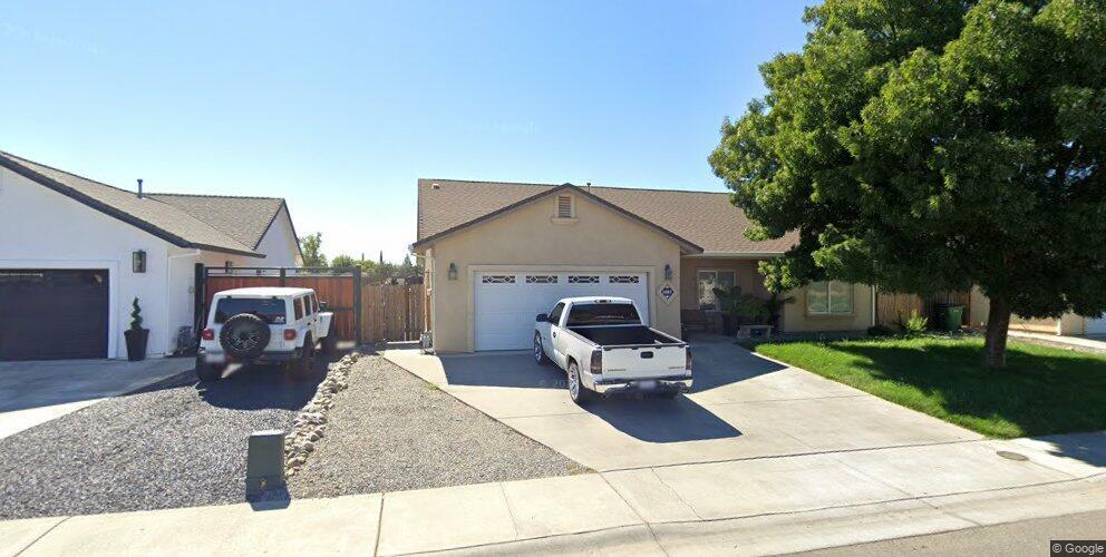 1983 North St, Corning, CA 96021