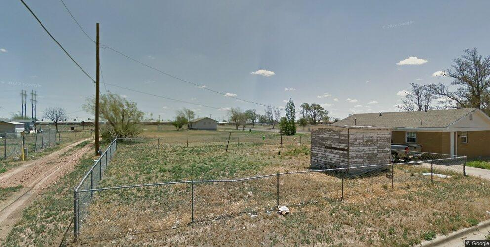 203 Campbell St, Plainview, TX 79072