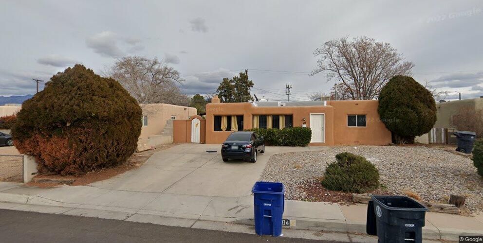 204 Laguayra Dr NE, Albuquerque, NM 87108