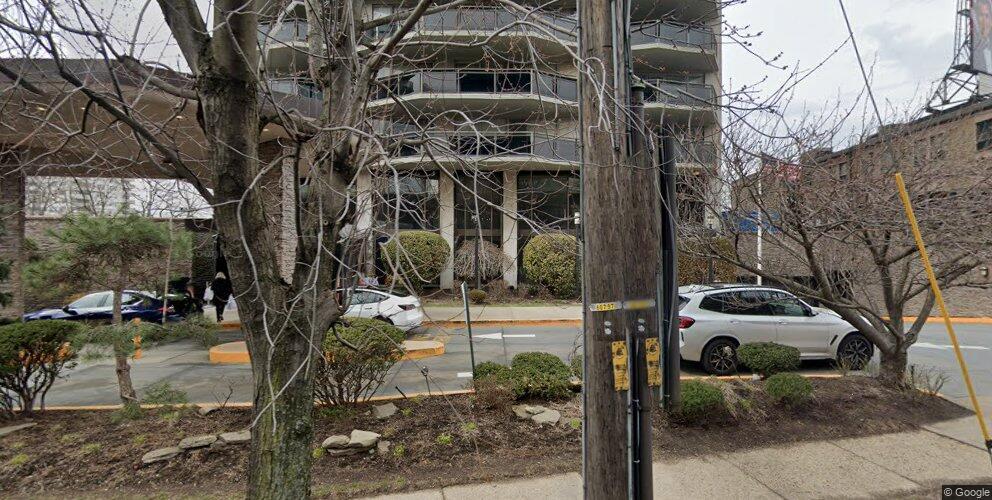 2077 Center Ave #6J, Fort Lee, NJ 07024