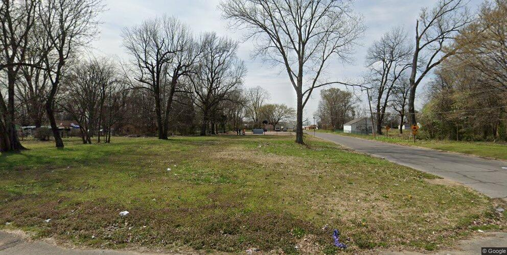 208 S 11th St, West Memphis, AR 72301