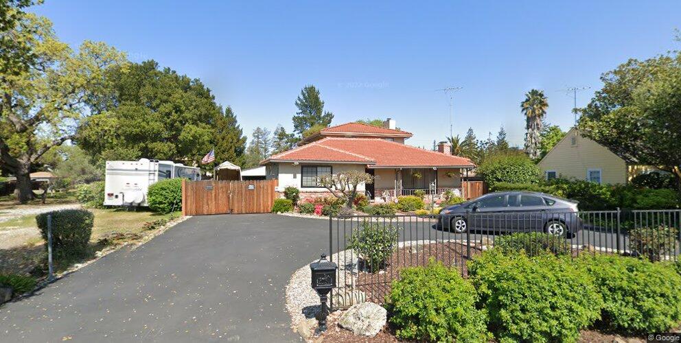 2163 Alameda De Las Pulgas, Redwood City, CA 94061