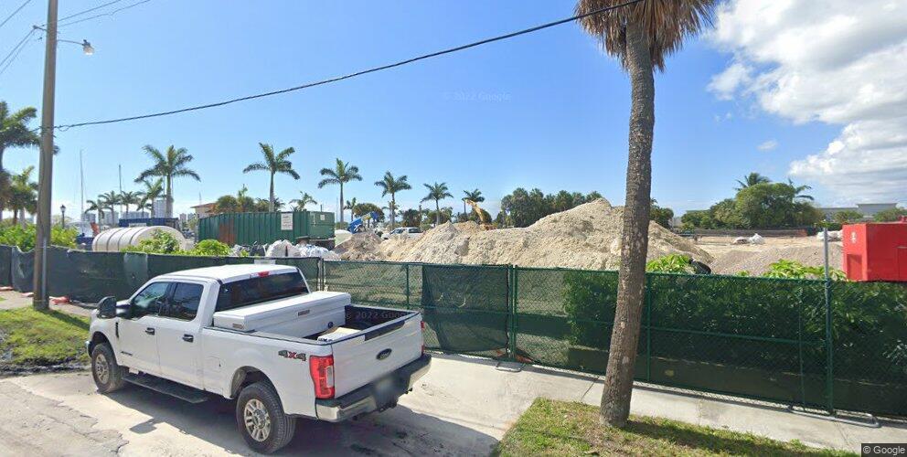 Townhouse 2 Plan in Nautilus 220, West Palm Beach, FL 33403