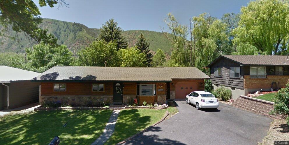 2205 Bennett Ave, Glenwood Springs, CO 81601