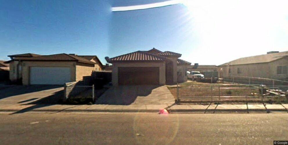 221 E Virginia St, San Luis, AZ 85349