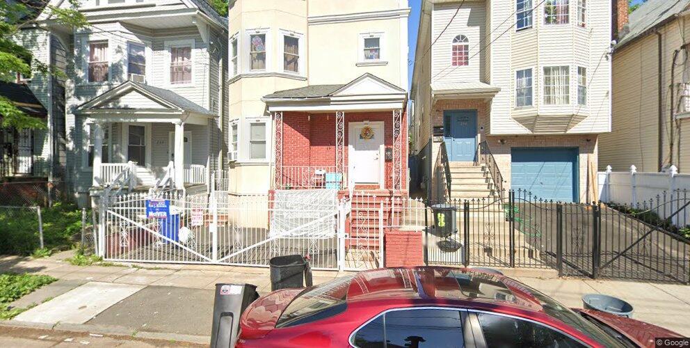 226 N 5th St, Newark, NJ 07107