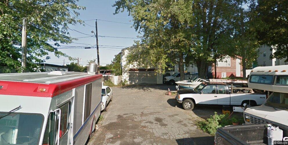 23 Pratt St, Revere, MA 02151
