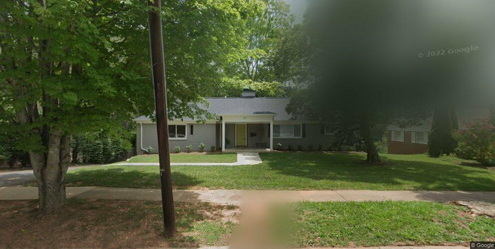 239 Kimberly Ave, Asheville, NC 28804