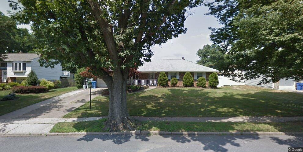 242 McGill Ave, Cherry Hill, NJ 08002