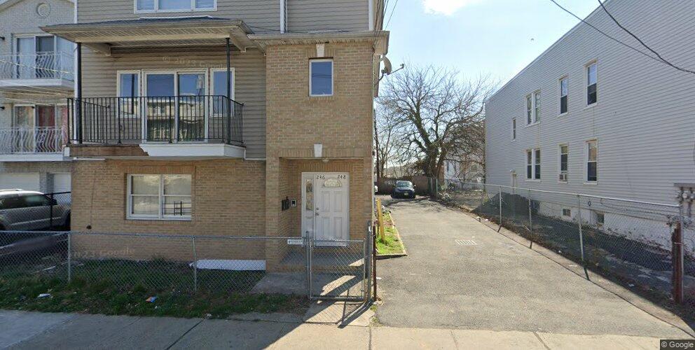 246-248 Clinton Pl, Newark, NJ 07112