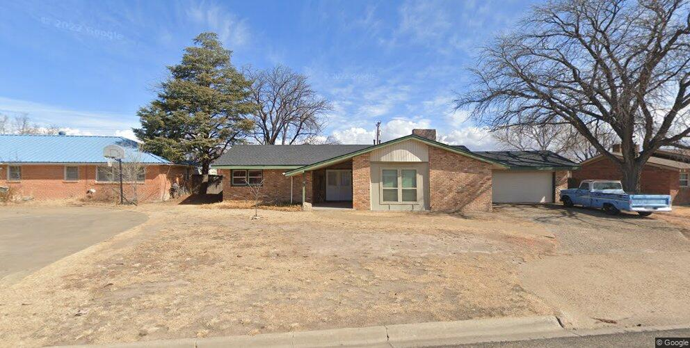 2621 11th Ave, Canyon, TX 79015