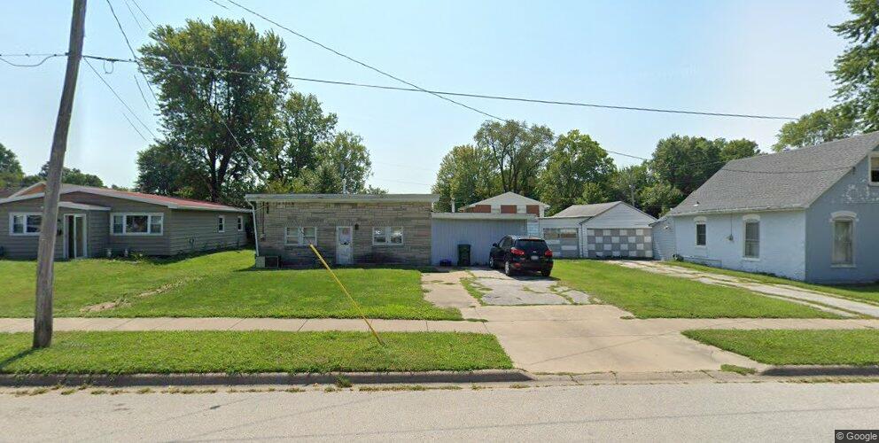 2708 Oak St, Quincy, IL 62301
