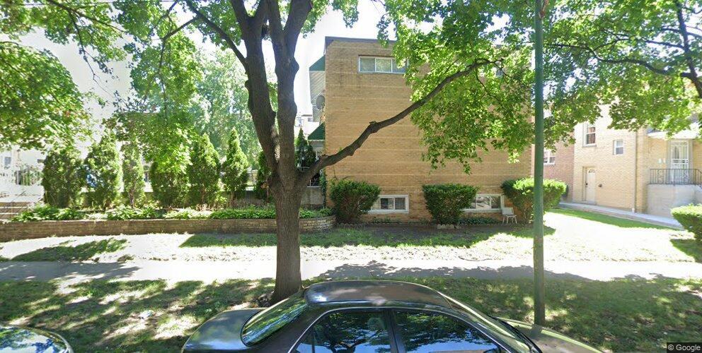 2713 W Balmoral Ave, Chicago, IL 60625