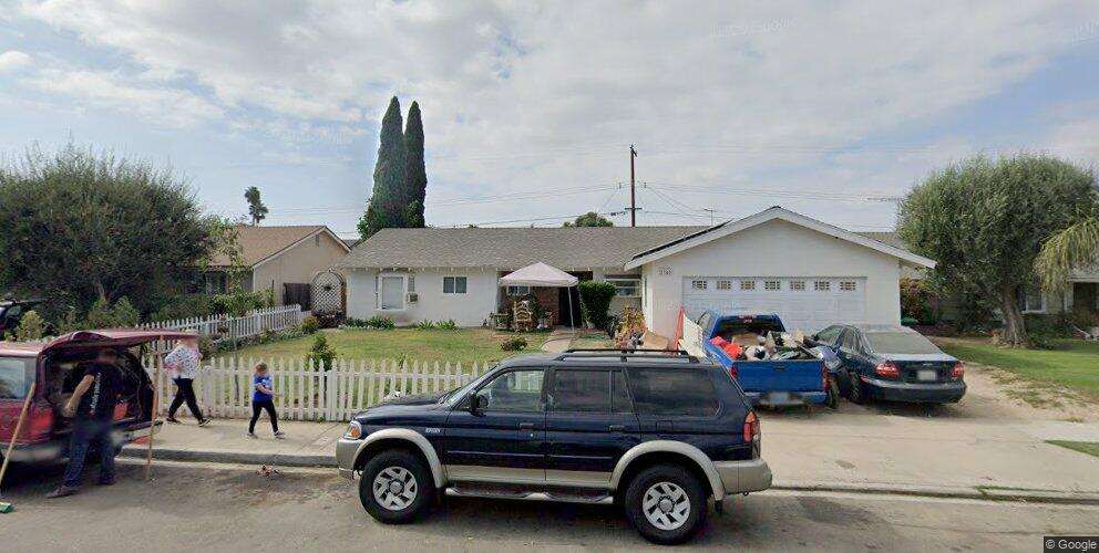 2745 De Soto Ave, Costa Mesa, CA 92626