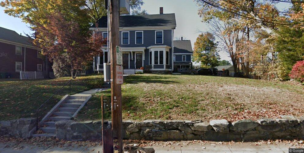 29 Oak St, Newton, MA 02464