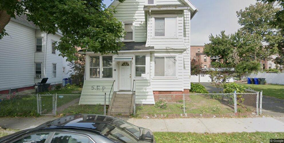 30 Adams St, Springfield, MA 01105