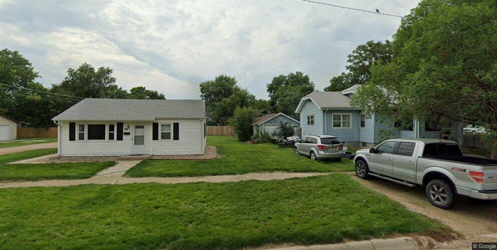 3012 Avenue L, Kearney, NE 68847