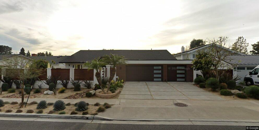 3029 Country Club Dr, Costa Mesa, CA 92626
