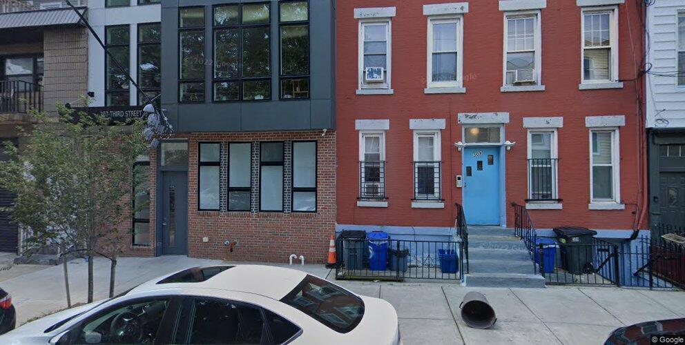 307 3rd St #4A, Jersey City, NJ 07302