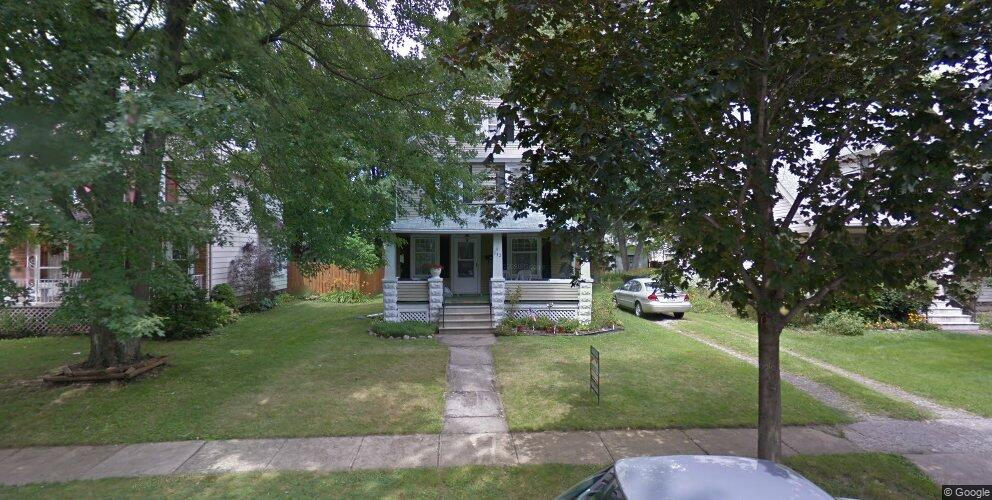 332 Kenyon Ave, Elyria, OH 44035