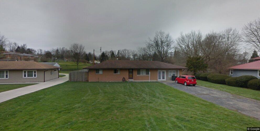 3323 Ravenwood Rd, Fairborn, OH 45324