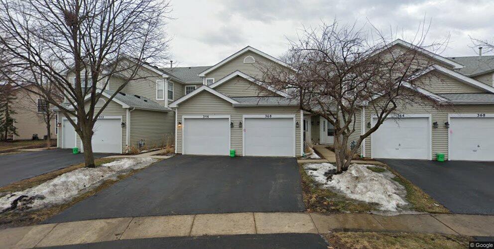360 Hunterdon Ct, Schaumburg, IL 60194