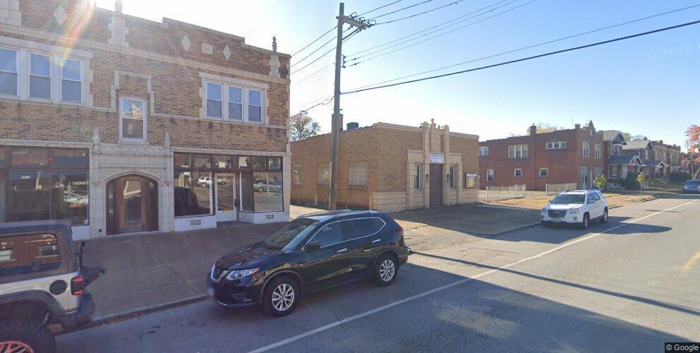 3616 Bates St, Saint Louis, MO 63116