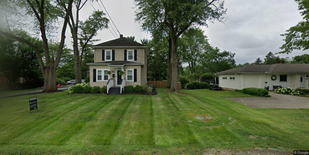 379 E College Ave, Westerville, OH 43081